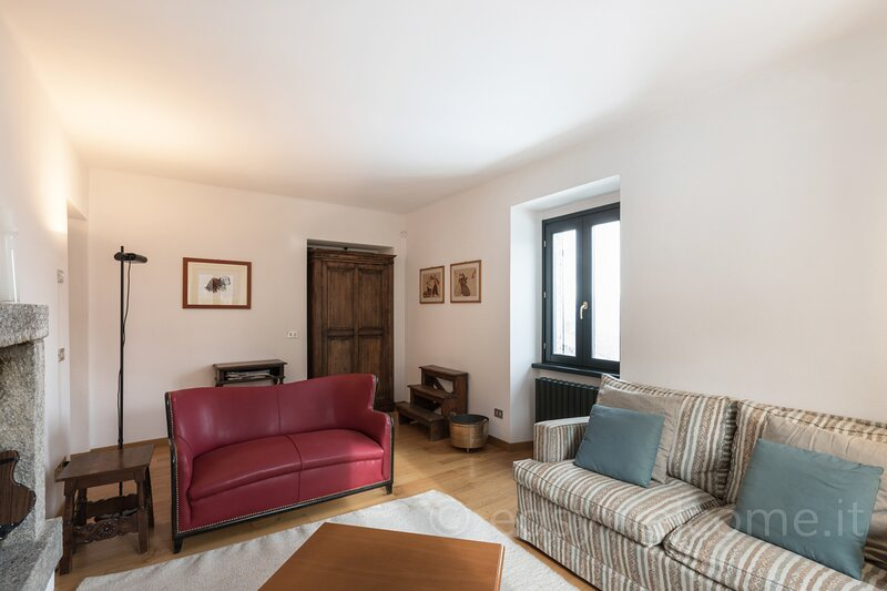 Easy Welcome Il Larice -  Alpe del Ville San Primo, vacation rental in Magreglio