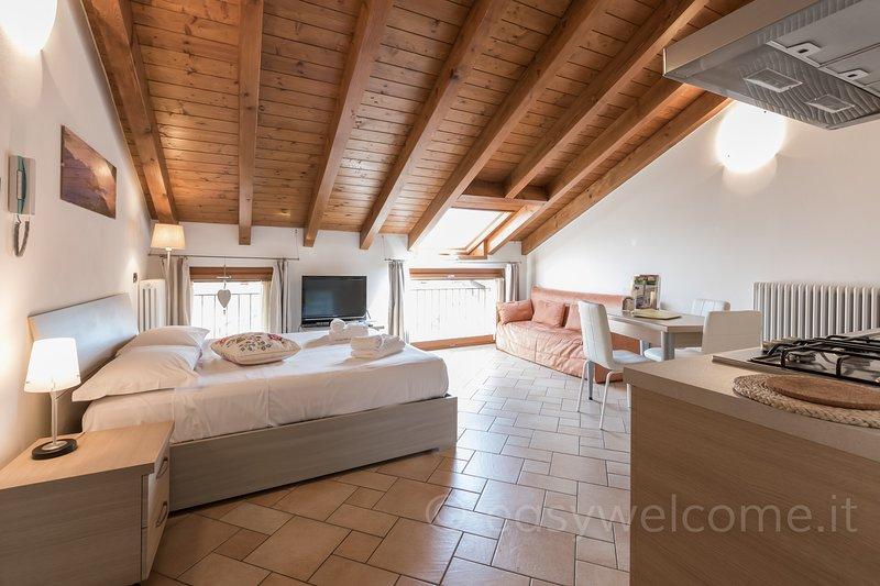 Easy Welcome La Filanda - Canapa, holiday rental in Limonta