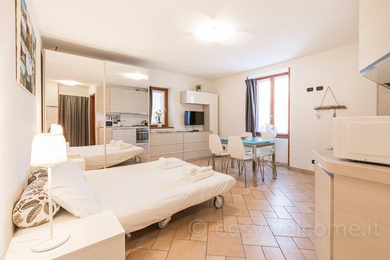 Easy Welcome La Filanda - Cotone, holiday rental in Limonta