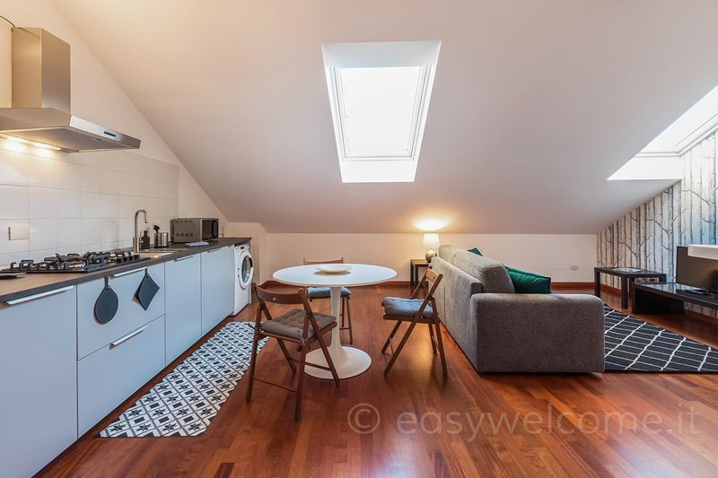 Easy Welcome Stylish Canal, holiday rental in Pieve Emanuele