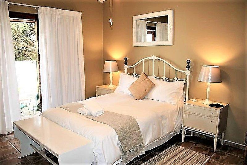 Double En-suite Bedroom Oryx - Amarachi Bed Breakfast, Ferienwohnung in Swakopmund