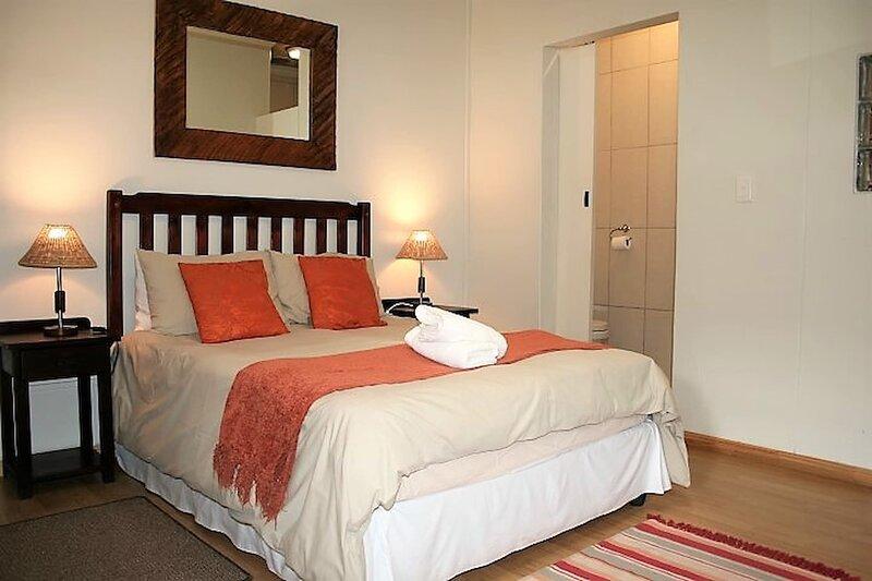 Double Bed Room Rhino - Amarachi Bed Breakfast, Ferienwohnung in Swakopmund