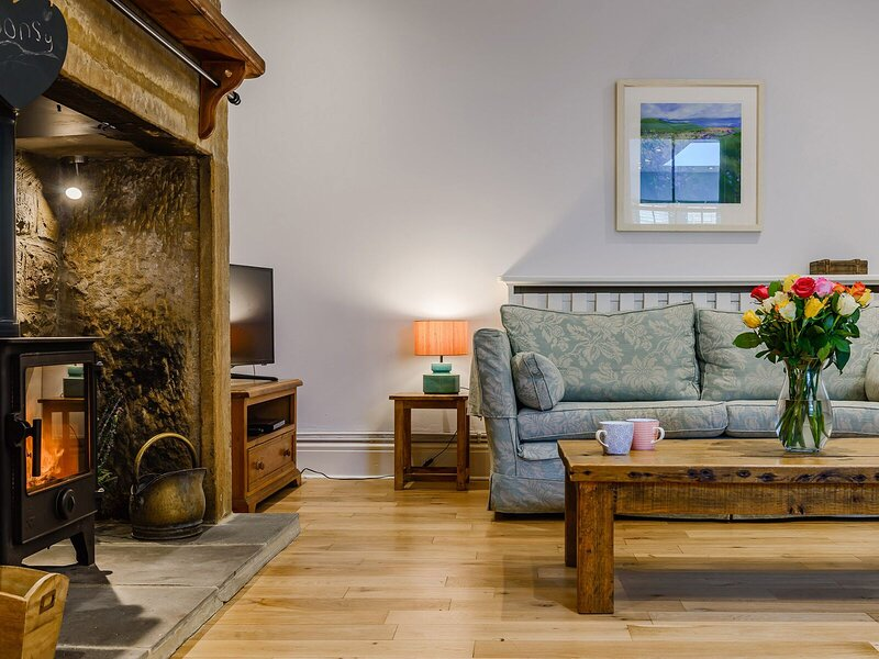SONSY COTTAGE, holiday rental in Longhoughton