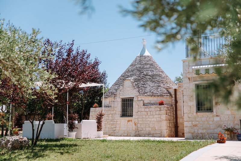 TRULLO MALVISCHI residence with pool, vacation rental in Coreggia