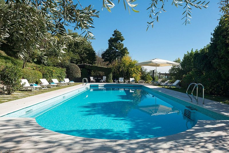Case di San Martino Villa Sleeps 14 with Pool and Air Con - 5870221, holiday rental in Monfumo