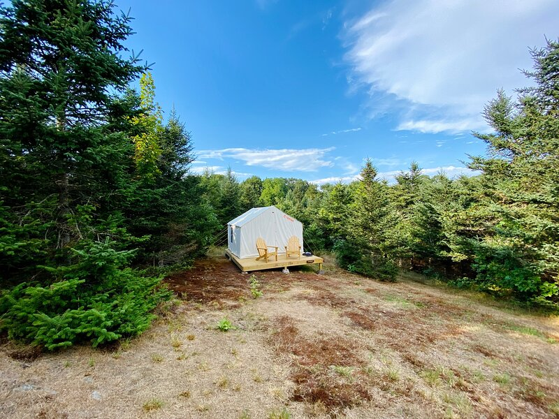 Tentrr Signature Site - The Sakonnet River Getaway at Hilltop Tree Farm, holiday rental in Westport