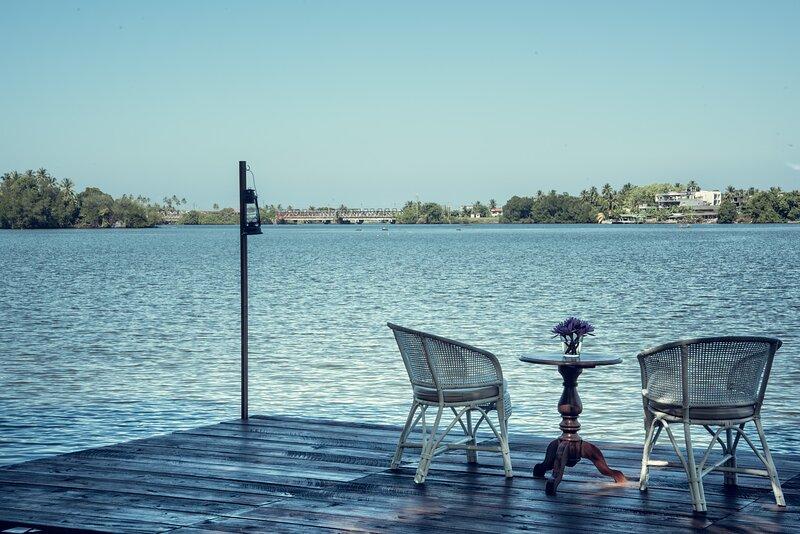 Taru Villas - River Cottage, vacation rental in Bentota