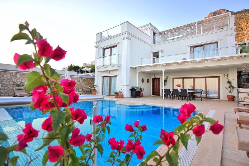 Villa Sapphire, Kalkan, Turkey. Stylish-Smart-Luxurious, holiday rental in Kalkan