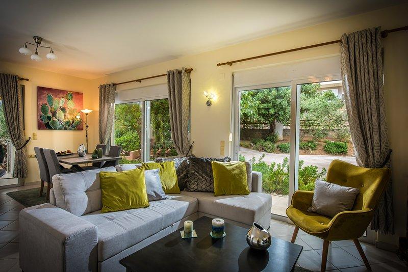 La Dolce Vita Villa, holiday rental in Choumeriakos