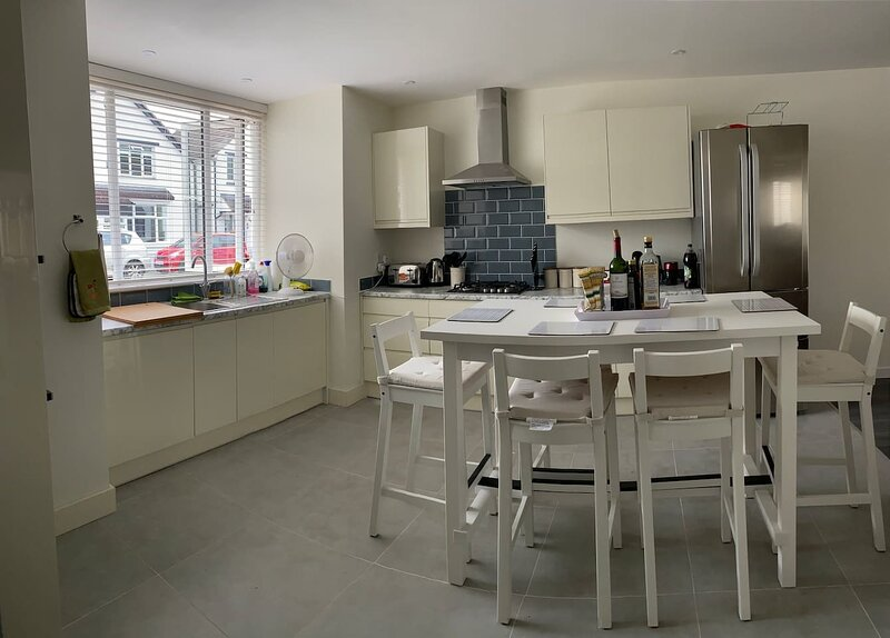 Frimley Five Star, holiday rental in Sandhurst