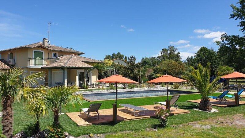 La Villa Estella - Family Suite, holiday rental in Parentis-en-Born