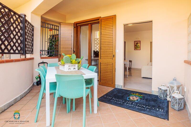 Chi Nnicchi e NNacchi - Luxury Apartments (Ficarazzi), location de vacances à Milazzo