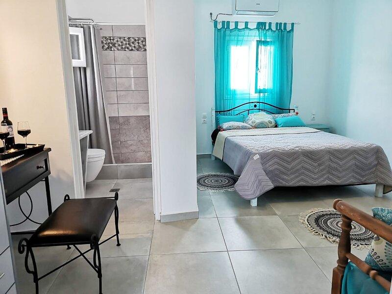 Family Friendly Villa, holiday rental in Agios Georgios