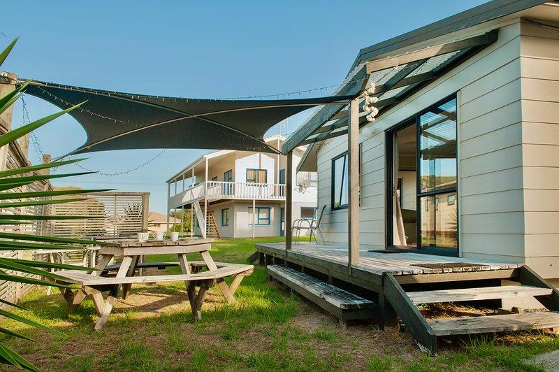 Whanga Beach Break - Whangamata Holiday Home, Whangamata, vacation rental in Thames