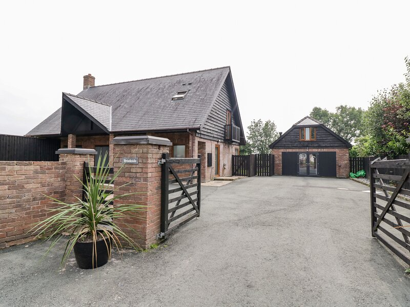 Brookside, Newtown, holiday rental in Trefeglwys