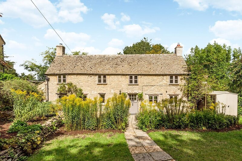 Serene Country Retreat near Burford, holiday rental in Carterton