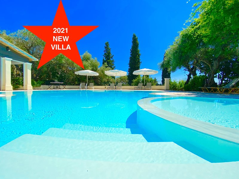 Villa Aria with private pool in Nissaki, holiday rental in Nissaki