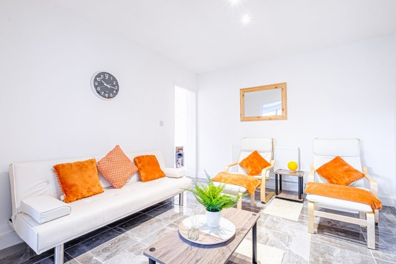 Wades Road Retreat, holiday rental in Filton