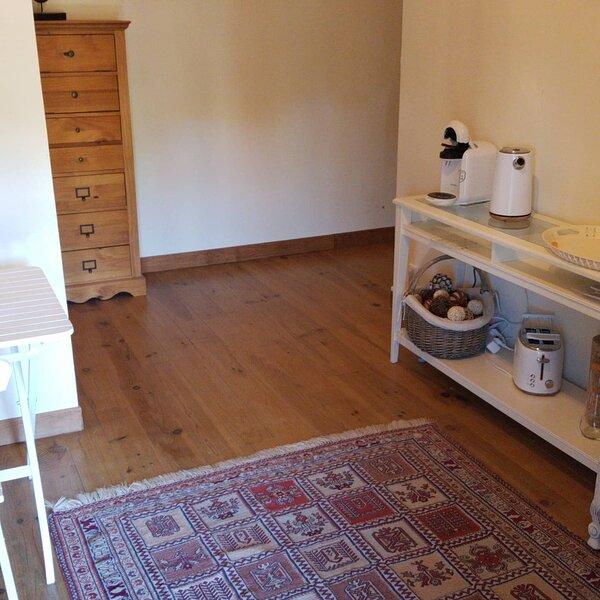 Chambre d'hôtes,  à deux ou en famille, holiday rental in Guillac