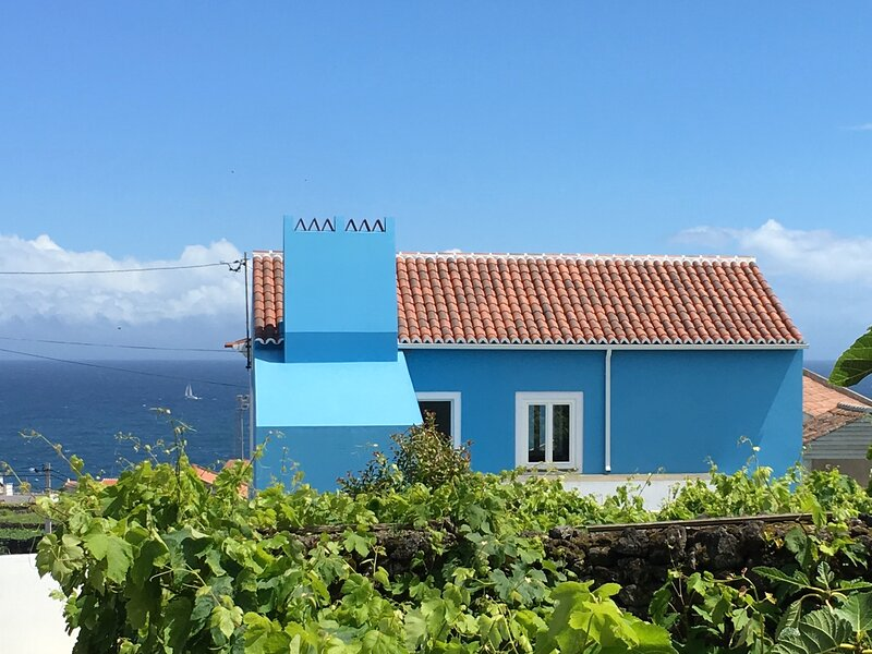Casa do Vizinho - eine Oase der Erholung, vacation rental in Cabo Da Praia