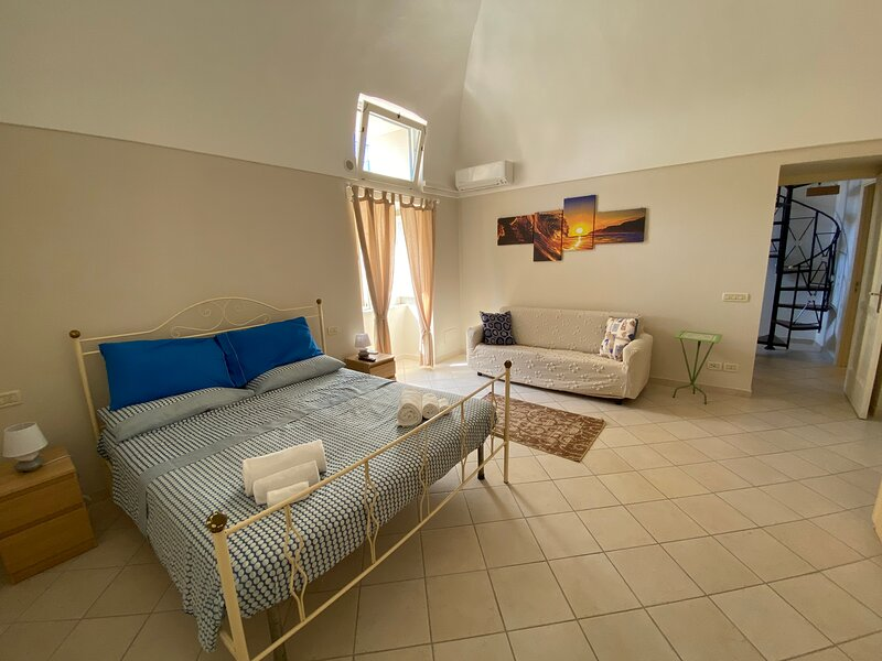 Love nest apartment, holiday rental in Marciano