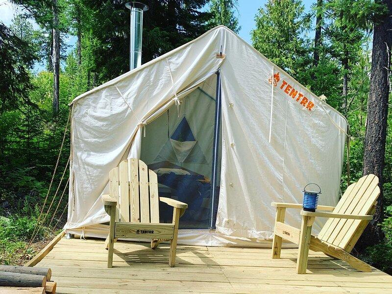 Tentrr Signature Site - Hoodoo Mountain Retreat, location de vacances à Newport