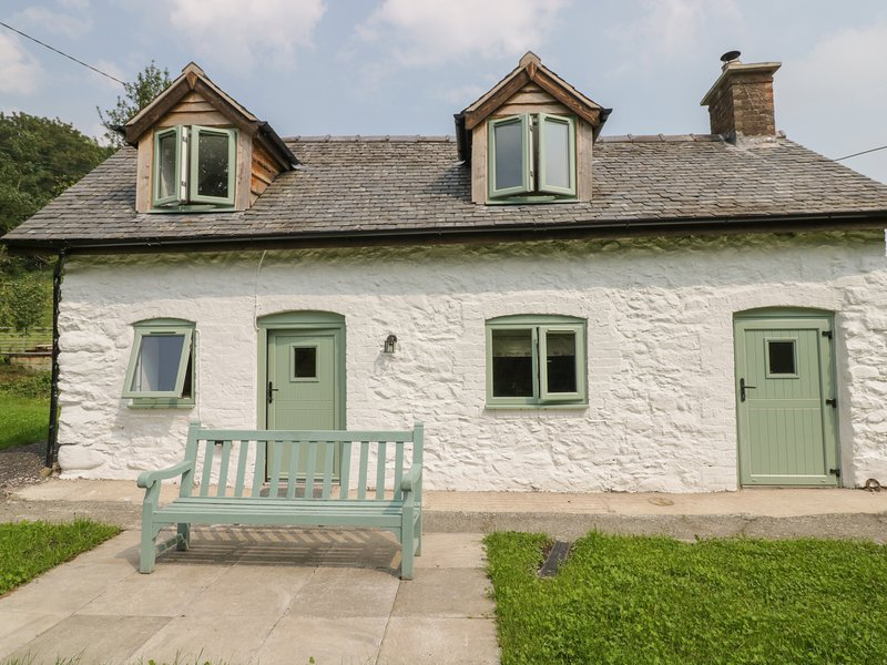 Chapel House, Llanfyllin, holiday rental in Llanwddyn