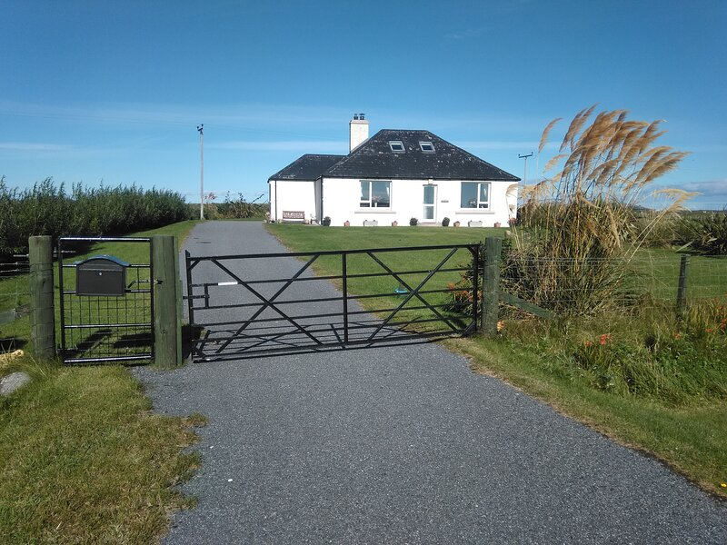 Grianan Cottage, holiday rental in North Uist