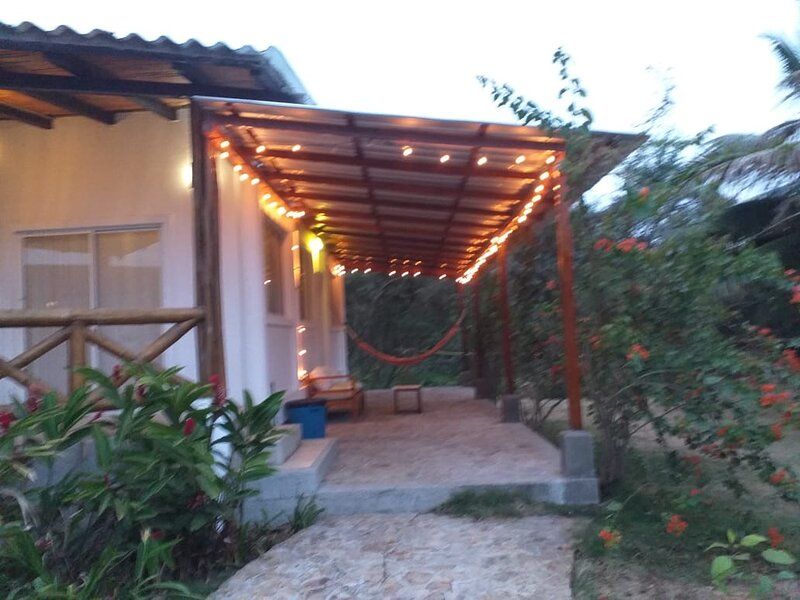 Awesome 2 br home, gated w pool, 5 min walk to Olon beach!, holiday rental in Olon