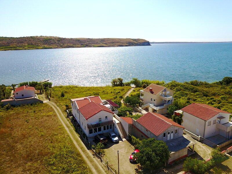 Villa Sabina - Apartments Kroatien, holiday rental in Rtina