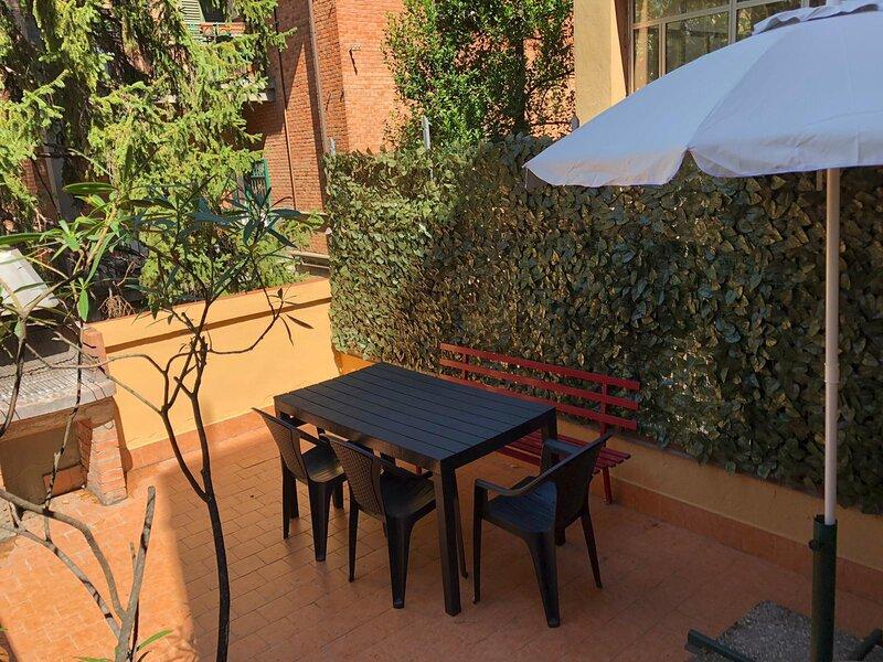 Appartamento vicino ad ogni vostra esigenza, holiday rental in Riale