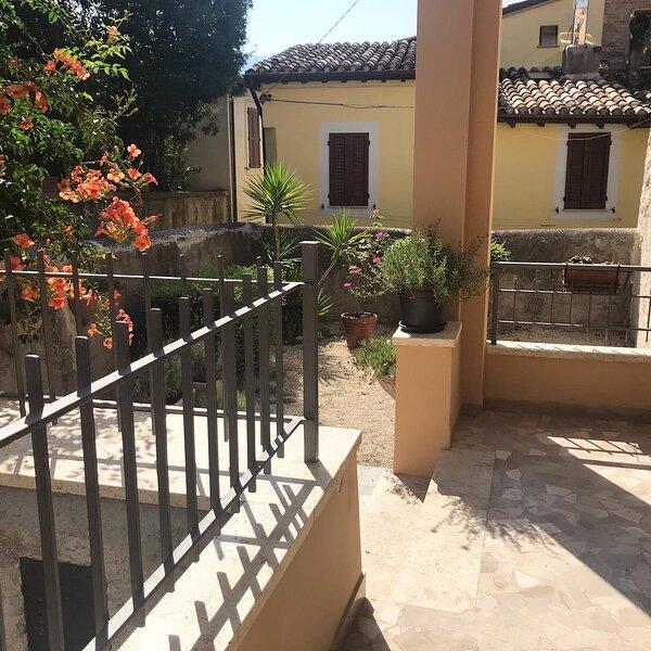 Affittacamere Il Piccolo Borgo Foligno, aluguéis de temporada em Foligno