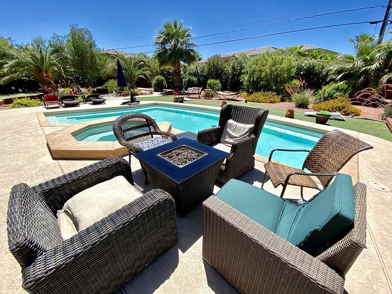 Private Gated Enterprise Compound!, vacation rental in North Las Vegas