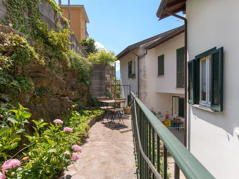 Gia (BLL240), holiday rental in Bellano