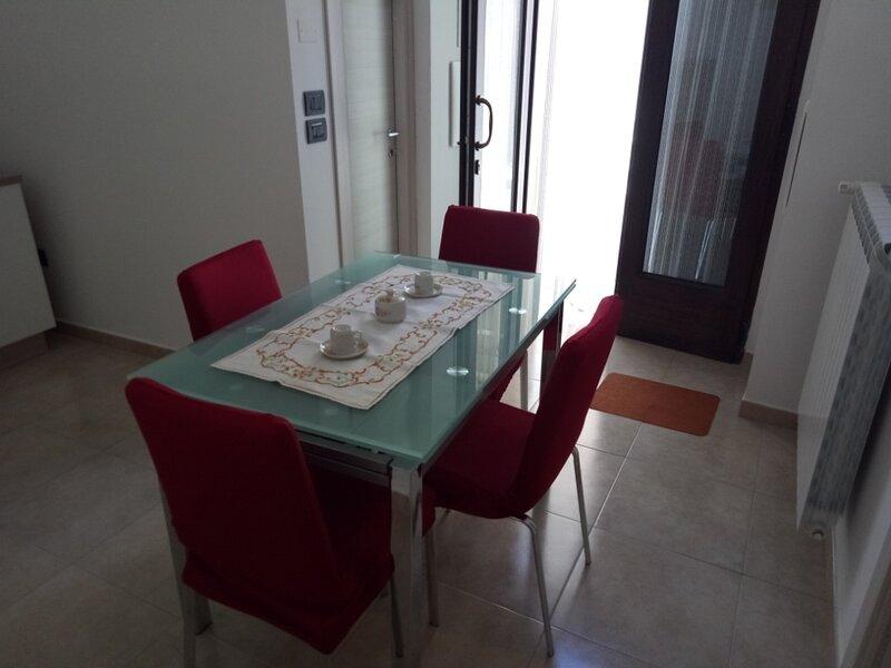 Casa Nonna Maria, holiday rental in Ippocampo