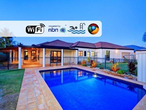 Grand Getaway home near Airport & Shops, vacation rental in Burnett Heads