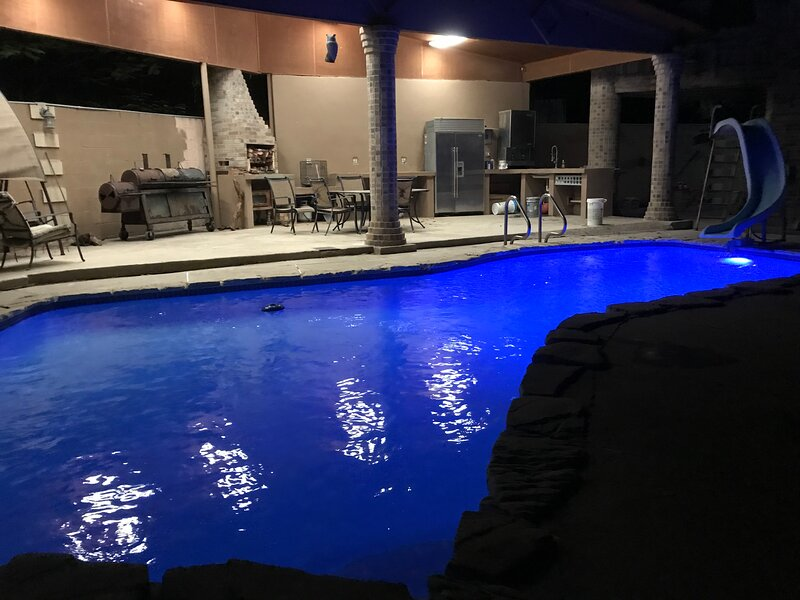 GC Vacation Rentals, holiday rental in Laredo