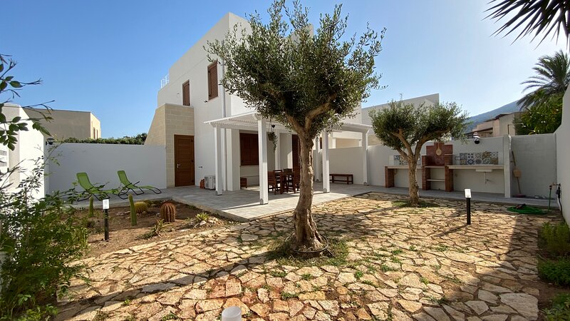 Casa Giorgia, holiday rental in Aegadian Islands