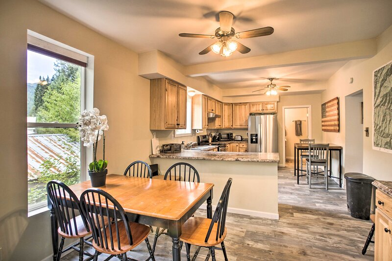 The home boasts 3 bedrooms and 1.5 bathrooms.
