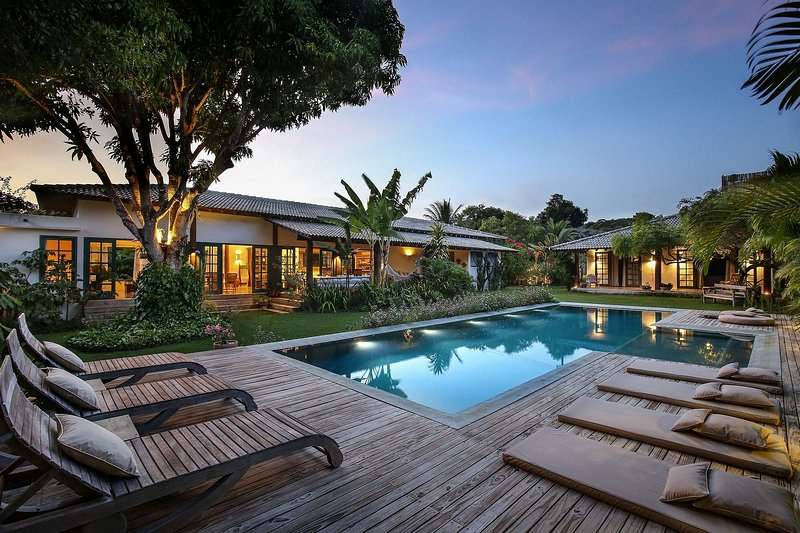 Pool view,Property building,Seating area,Swimming pool