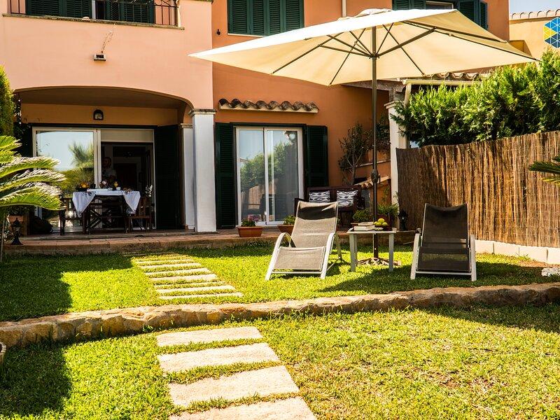 Casa Minina - groundfloor flat with private garden in Cala Pi, aluguéis de temporada em Cala Pi