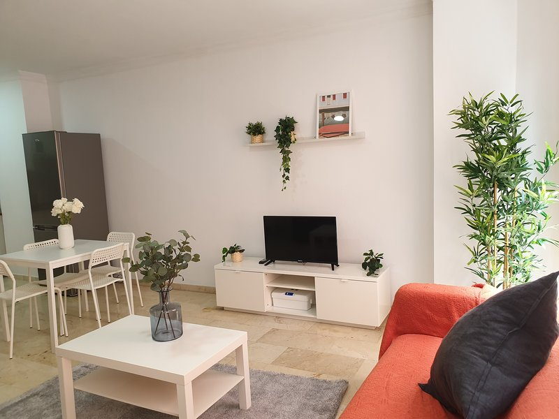 Sagasta Beach Apartment VII by Canary365, vacation rental in Utiaca