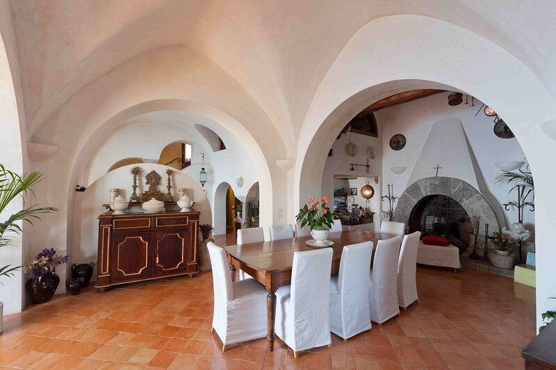 Charming 4 bedroom Villa in  (Q1751), vacation rental in Capranica - Scalo