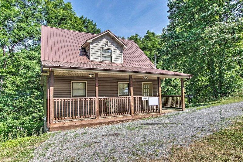 Building,House,Cabin,Cottage,Porch