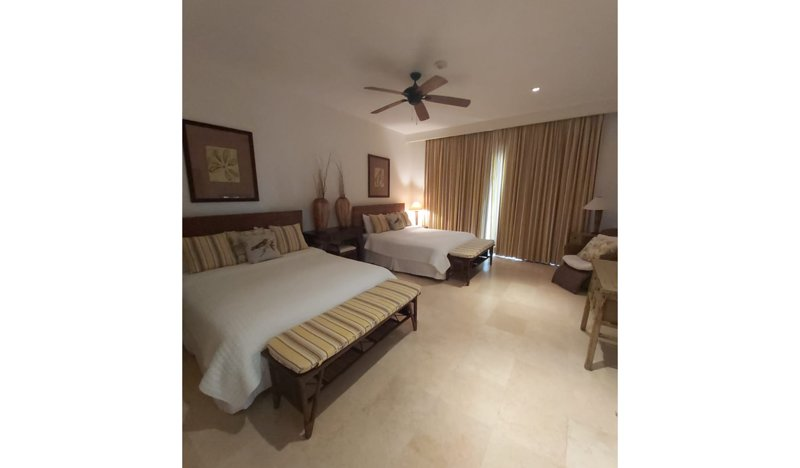 2 Bedroom Apartment with Terrace with Jacuzzi, Close to Juanillo Beach, holiday rental in Cap Cana