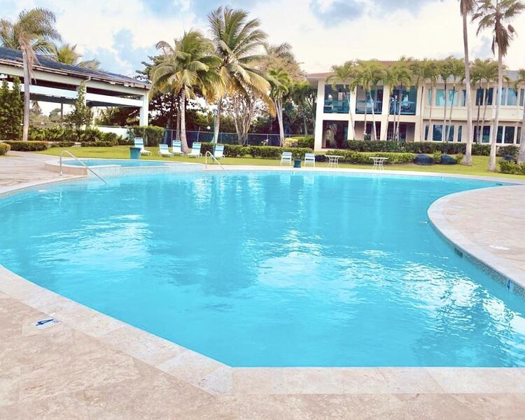 DORADO BEACH Luxury BEACH and POOL Villa Tennis Clubhouse Playground, vacation rental in Ceiba