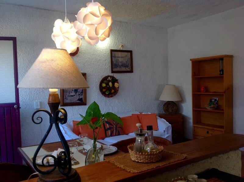 Níspero - Studio, holiday rental in Silao