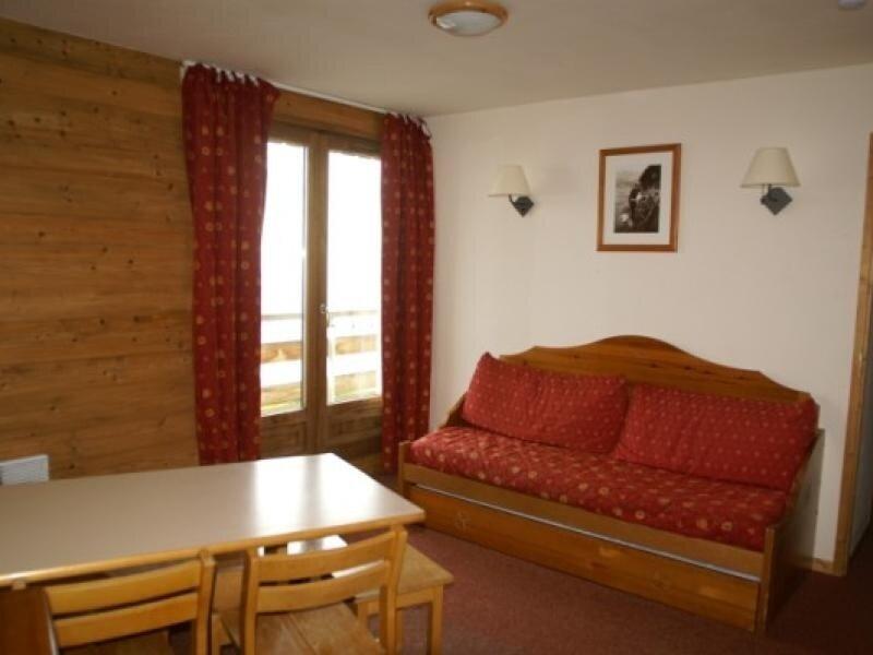 2 pièces cabine au pied des pistes résidence Bouquetins, holiday rental in Prapoutel