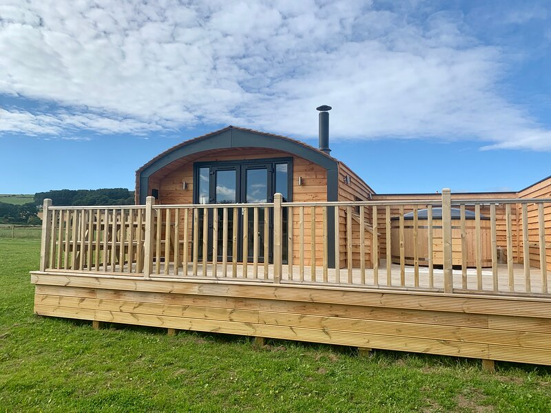Osprey Luxury Glamping Pod, Ferienwohnung in Moray