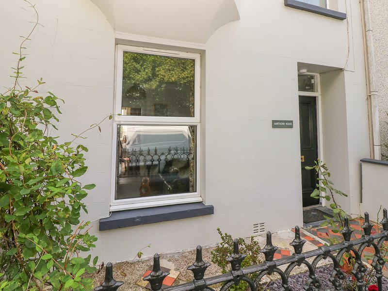 Hawthorn House, Pembroke, holiday rental in Lamphey
